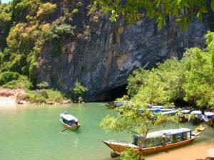 Tour du lịch tham quan động-Phong-Nha 1 ngày giá rẻ