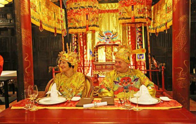 Tour-ghép thưởng thức các chương-trình nghệ-thuật-Đại Nội-Huế về đêm