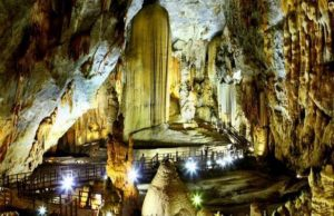 Tour du lịch tham quan động-Thiên-Đường 1 ngày giá rẻ